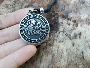 ODIN'S HORSE ~ Wicca ~ Pagan ~ Witch ~ Witchcraft ~ Spirit Animal ~ Raven
