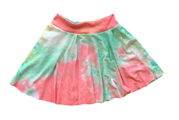 TIE DYE SKIRT AND MYSTERY COLOR TIGHTS