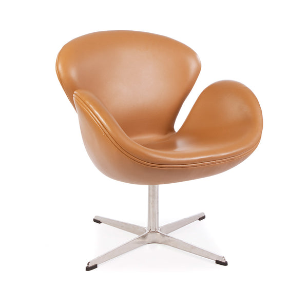 main view of the Arne Jacobsen Swan Chair in tan leather