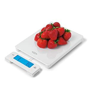 oxo glass scale with pull-out display white