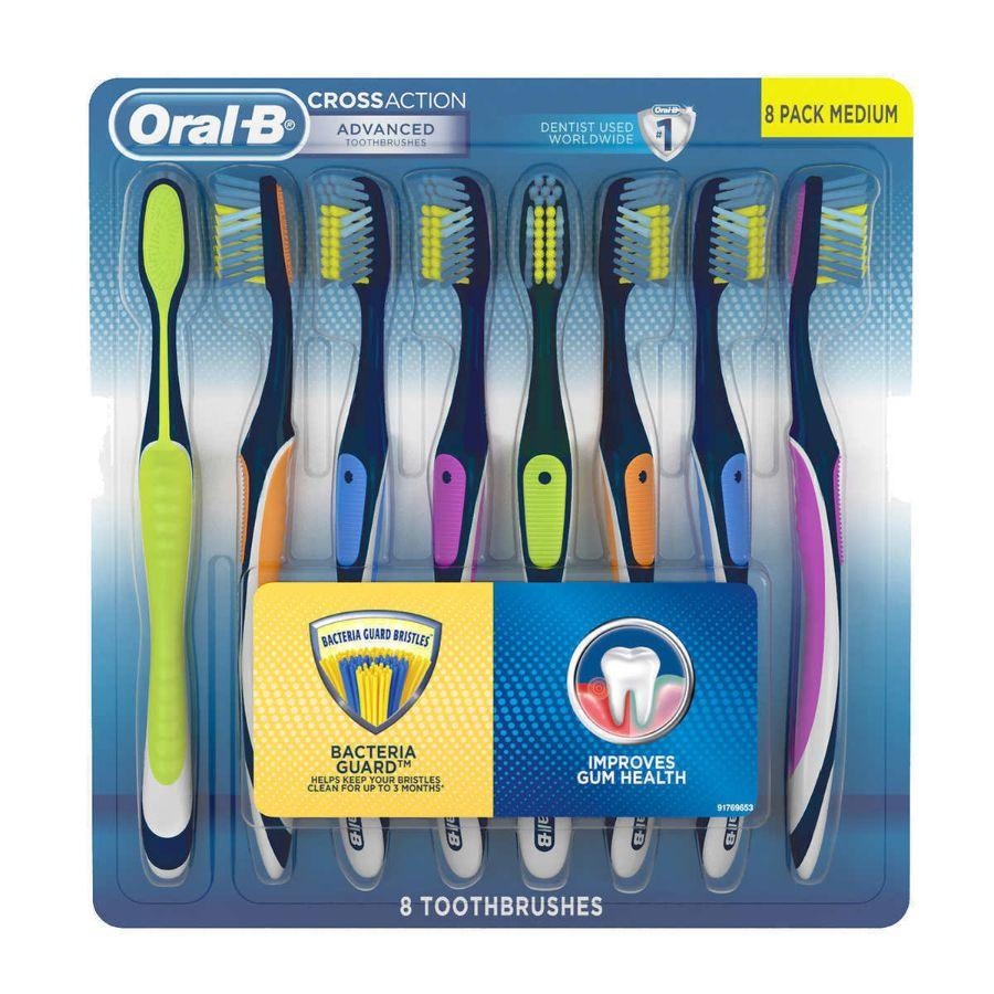 Oral-B Cross Action Advanced Toothbrushes Medium, 8 ct