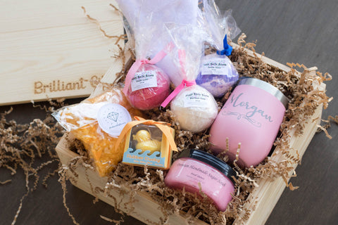 Bath Gift Box for Moms | BrilliantGifts.com