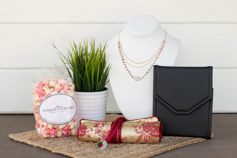 Gold Jewelry Gift Box for Valentine's Day | BrilliantGifts.com