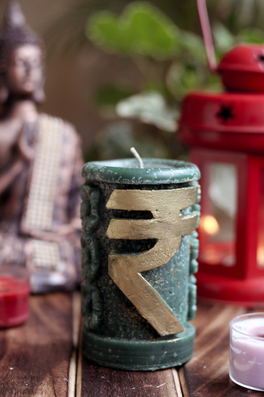 Rupee Candle with Gold Flakes