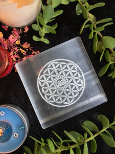 Selenite Charging Plate with Eye of Horus | Selenite