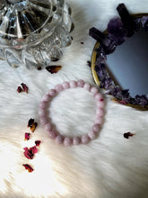Load image into Gallery viewer, Kunzite Bead Bracelet