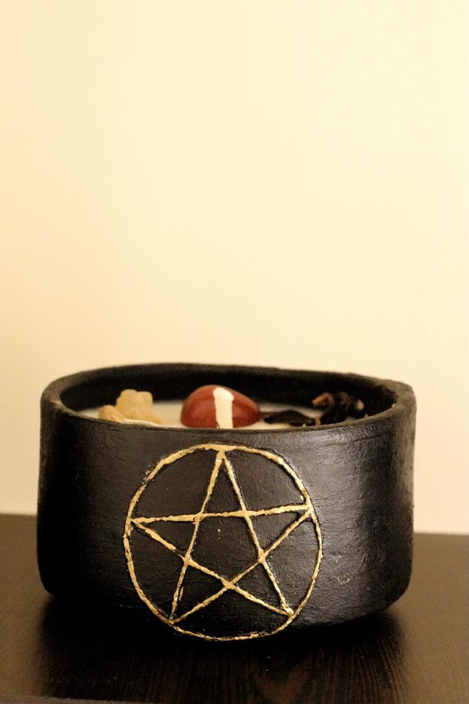 Grounding & Meditation with Pentacle Symbol - 100 Gm Soy wax