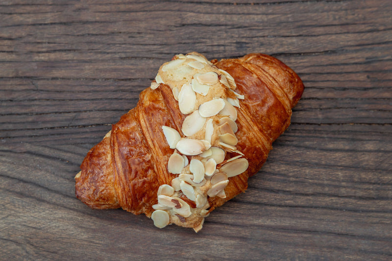 products/Almond_Croissant.jpg