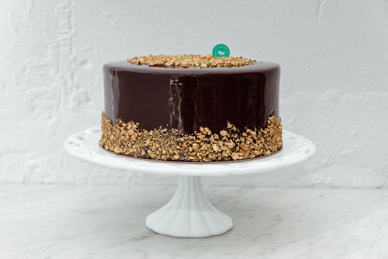 products/chocolate_cake_9inch.jpg