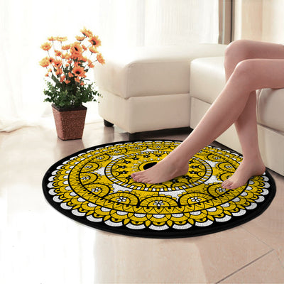PEACE SIGN IN THE WONDERFUL GOLDEN HIPPIE PATTERN ROUND CARPET