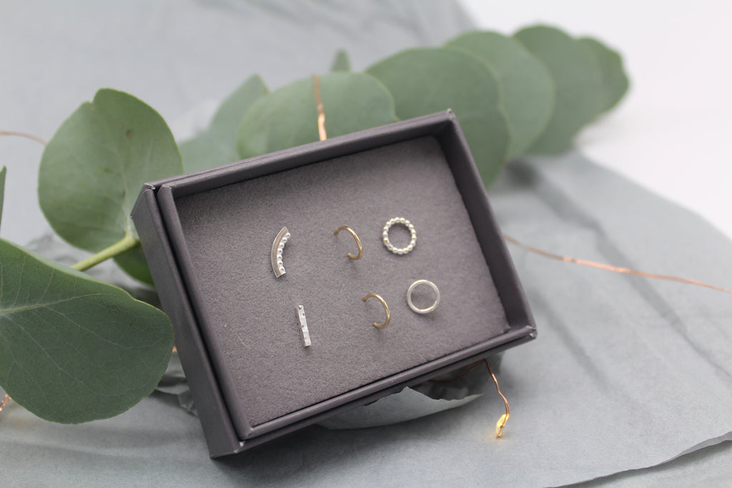 Mix and Match Studs - Box of 6