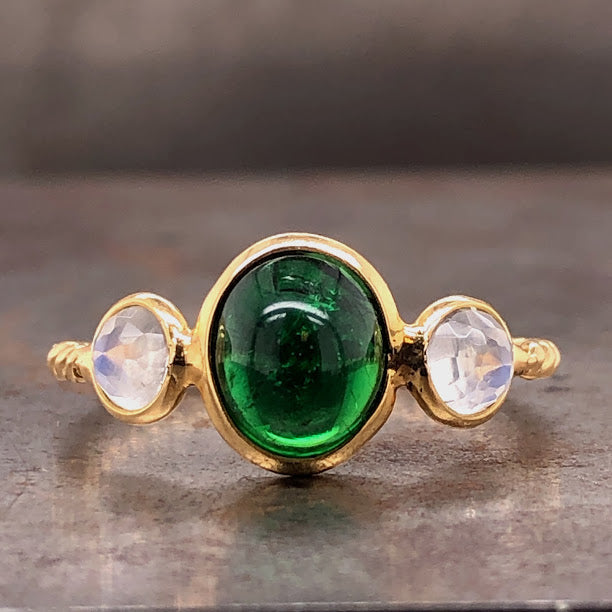 18KY Tsavorite Moonstone Ring