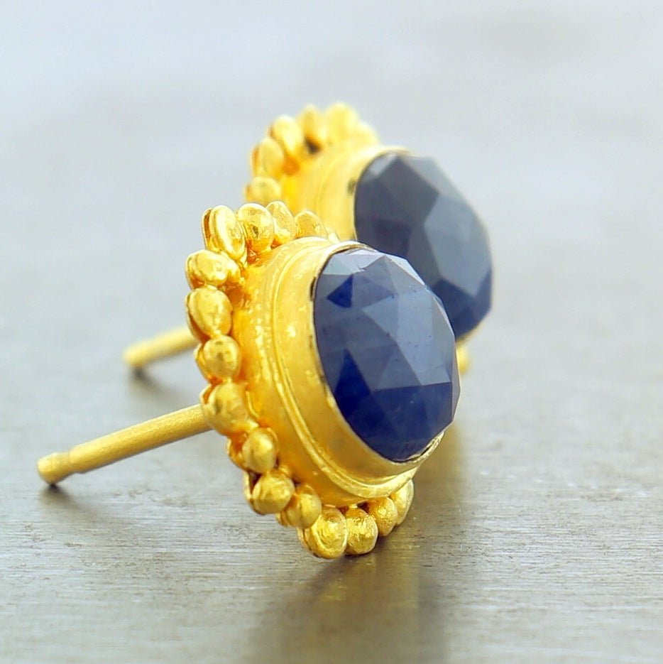 22K YELLOW GOLD BLUE CORUNDUM POST EARRINGS