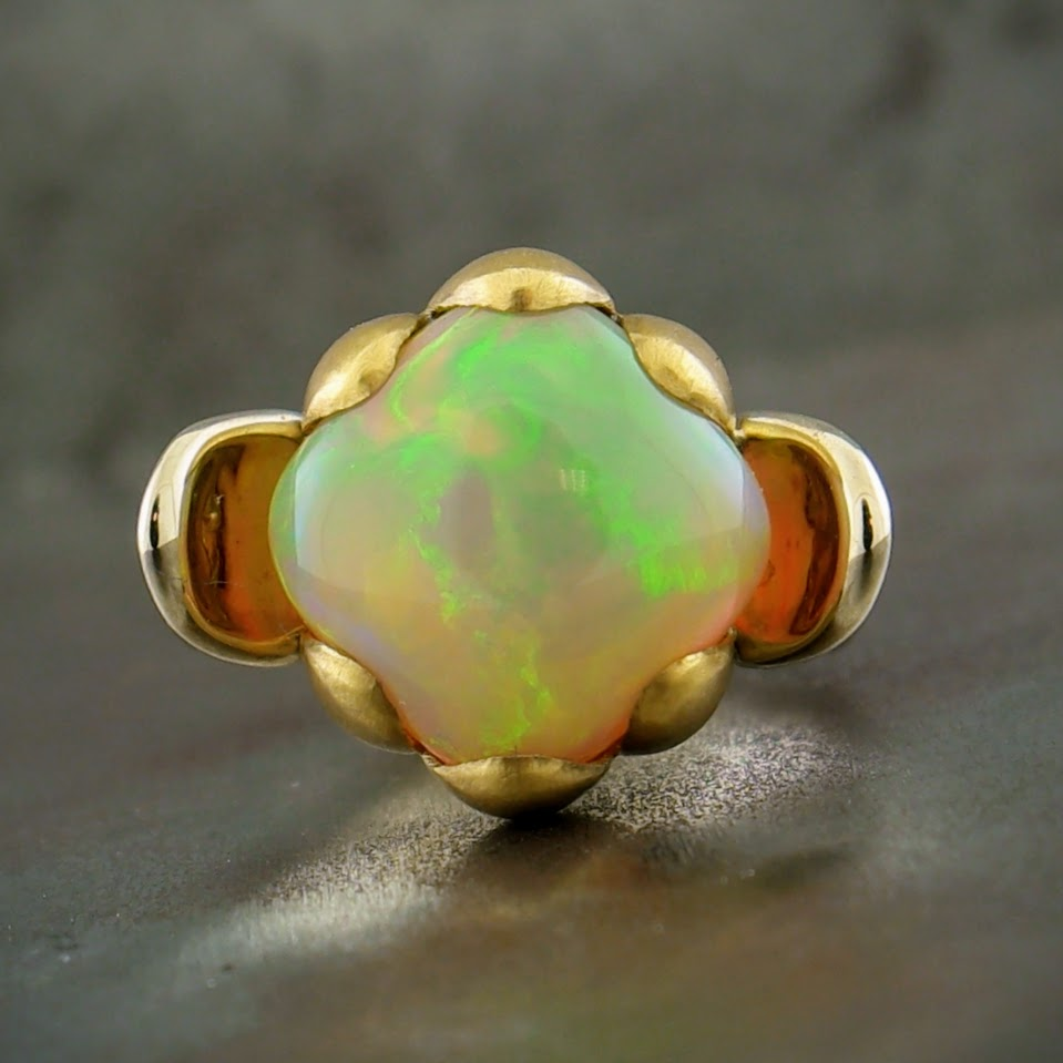 18k Yellow Gold Ethiopian Opal Ring