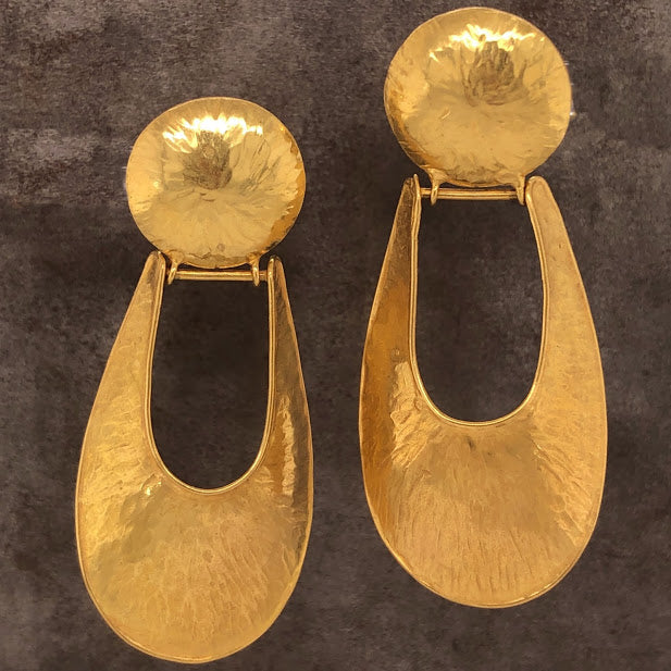 18K Yellow Gold Oyster Shell Earrings