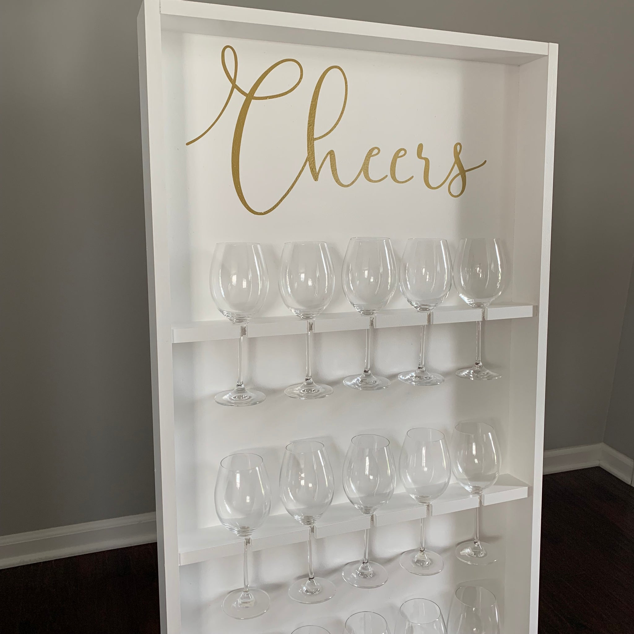 Basic Wine Wall - TreatWalls