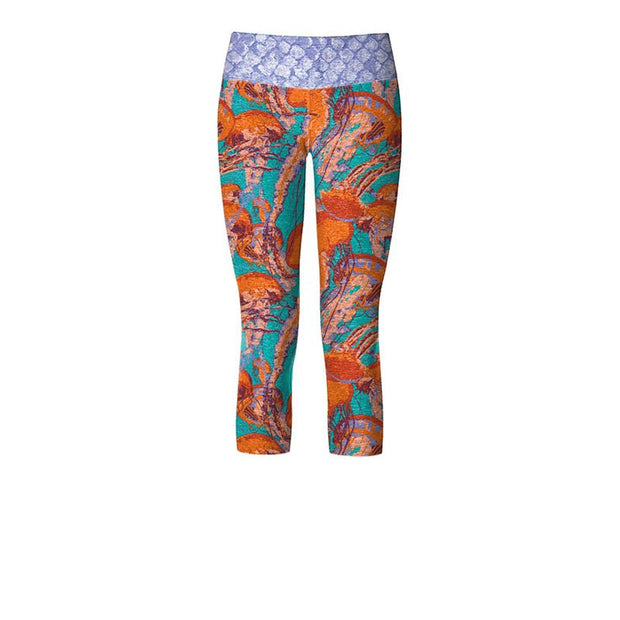 Snapper Women's Capri Yoga Pants - aquaflauge