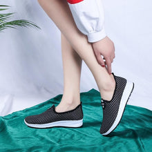 Load image into Gallery viewer, 2018 New Women Shoes Breathable Lady Flats Shoes Women Casual Sneakers Knit Female Casual Shoes Platform Loafers 36-41