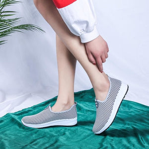 2018 New Women Shoes Breathable Lady Flats Shoes Women Casual Sneakers Knit Female Casual Shoes Platform Loafers 36-41