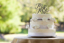 Load image into Gallery viewer, Mr&Mrs Love Script Cake Topper