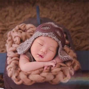 Newborn Aviator Knit Hat & Goggles