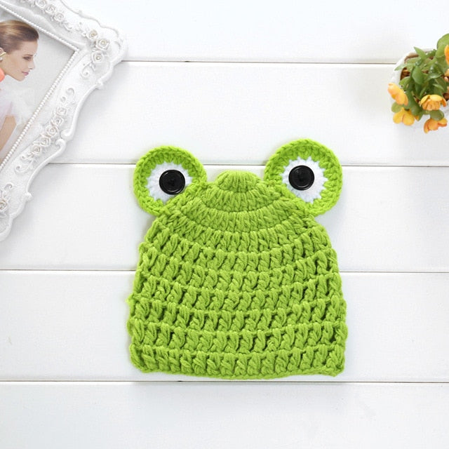 Newborn Knit Frog Hat