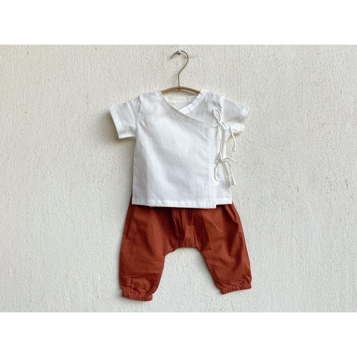 The Nestery : Whitewater Kids - Unisex Organic Essential White Print Angarakha Top With Red Pants