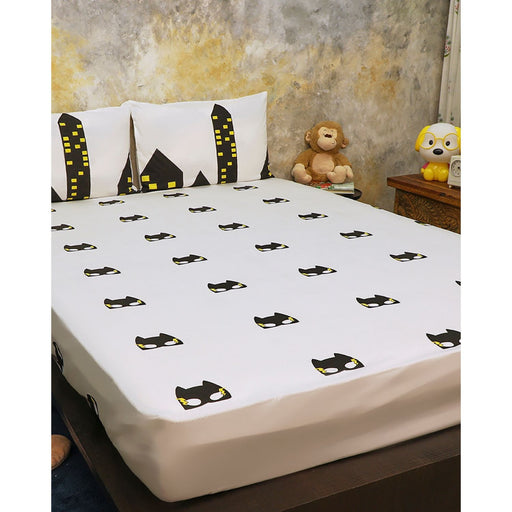 The Nestery : Masaya - Bedding Set : Superbaby Flies Over Town - Black