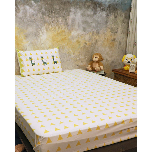 The Nestery : Masaya - Bedding Set : My Best Friend Gira The Giraffe - Yellow Big Triangle