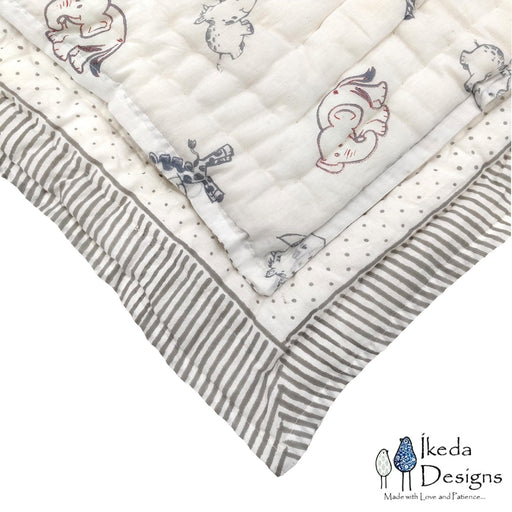 The Nestery : Ikeda Designs - Reversible Quilt - Animal Print