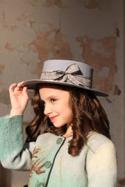 Children's accessoires - children's hat -  felt hat - girl hat - gray