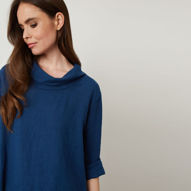 james lakeland - clothes for women - loose fit top - linen top - blue top  - summer clothes