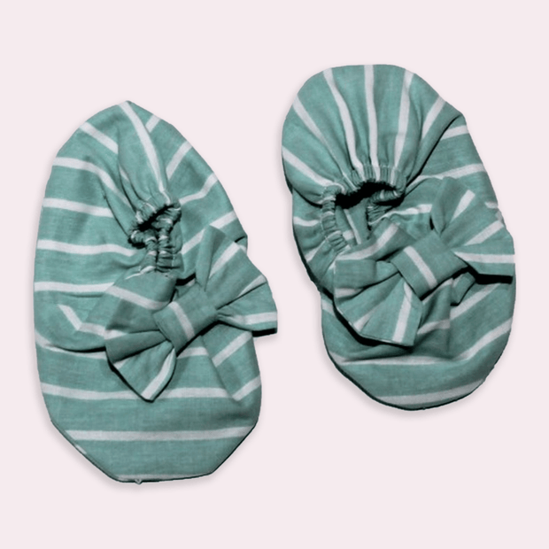 baby clothes - baby accessoires - baby shoes - baby girl - baby boy - stripe pattern - green baby shoes
