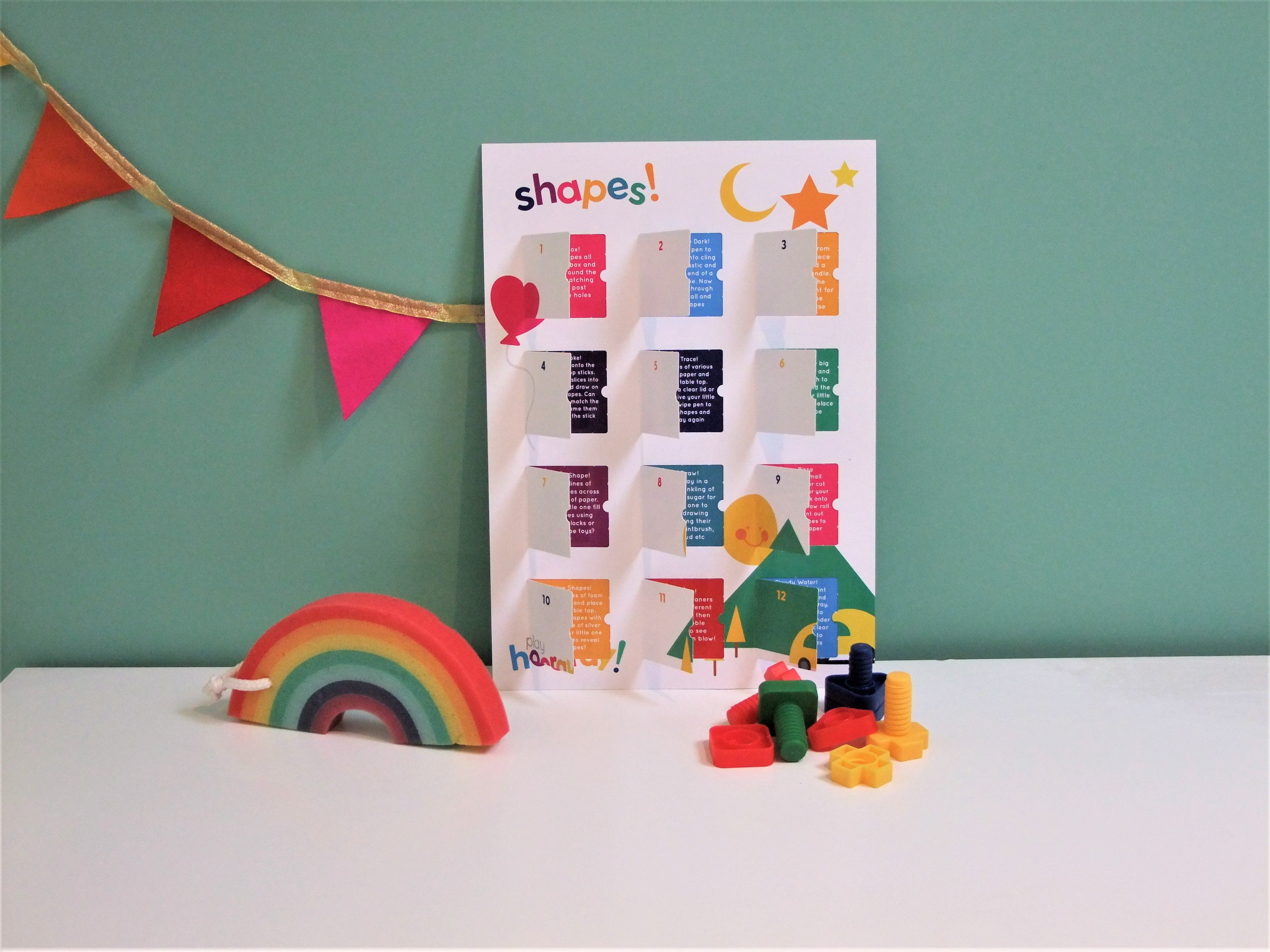 playCALENDAR: Shapes (A3) - playHOORAY!