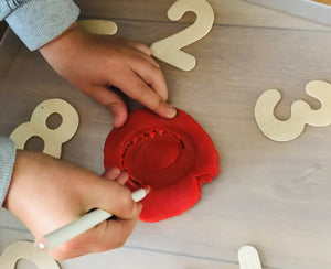 busy playPROMPTS for 3 - 5 year olds - playHOORAY!
