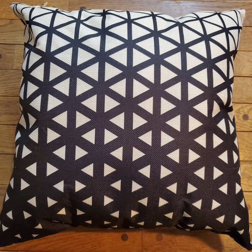 Throw Pillow - Black and White Triangles - Ganje's