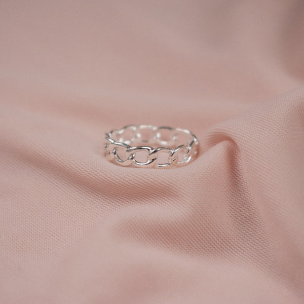 """Oleta"" Sterling Silver Chain Ring"