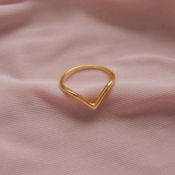 """Rilee"" Sterling Silver Chevron Ring"