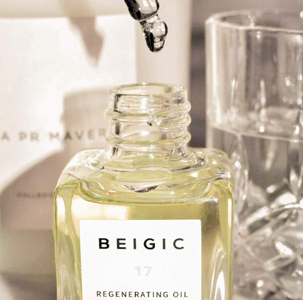 Regenerating Oil / Vitamin E / Deep Hydration & Soothing