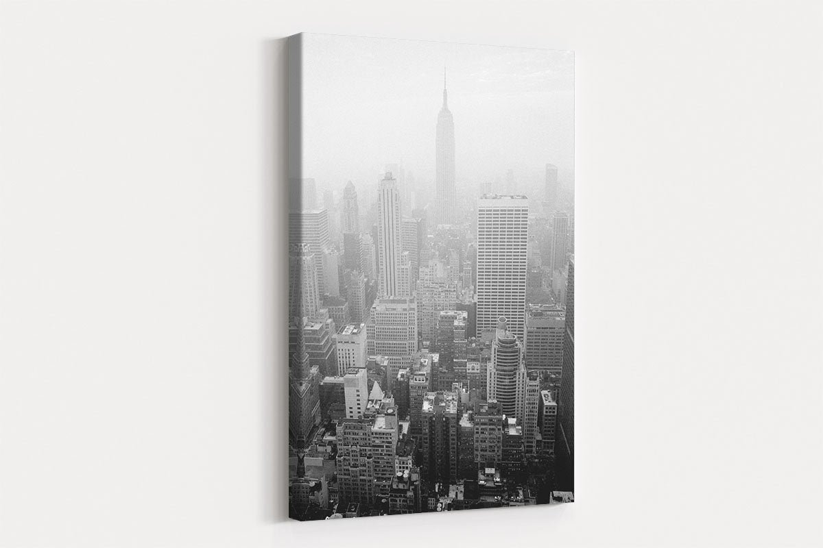 a corner of the city black and white decorative painting 009