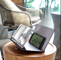 Image of 3D Phone Magnifying Stand