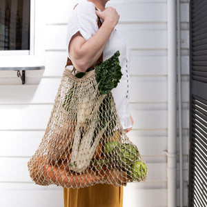 Earthy Home Style, Ethically Made Homewares, Handmade, eco-conscious, Jute String Bag - Natural with Tan Handles