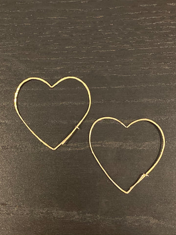 "Gold hand hammered heart thread earring with self closure 2"" drop"