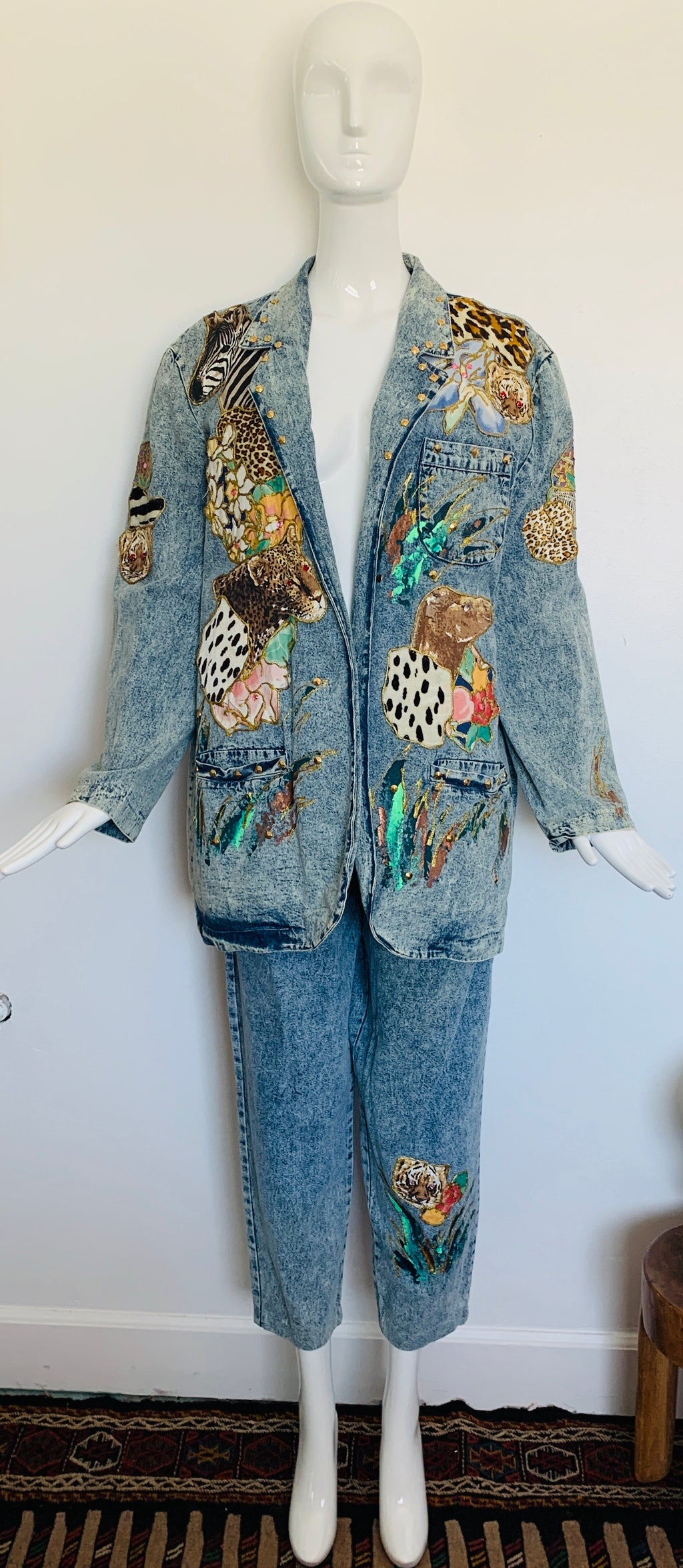Acid Washed 80s 2pc Appliqué Animal Denim Suit