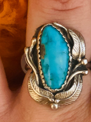 Sterling Silver Leaves around Oval Turquoise Ring ~ size 7