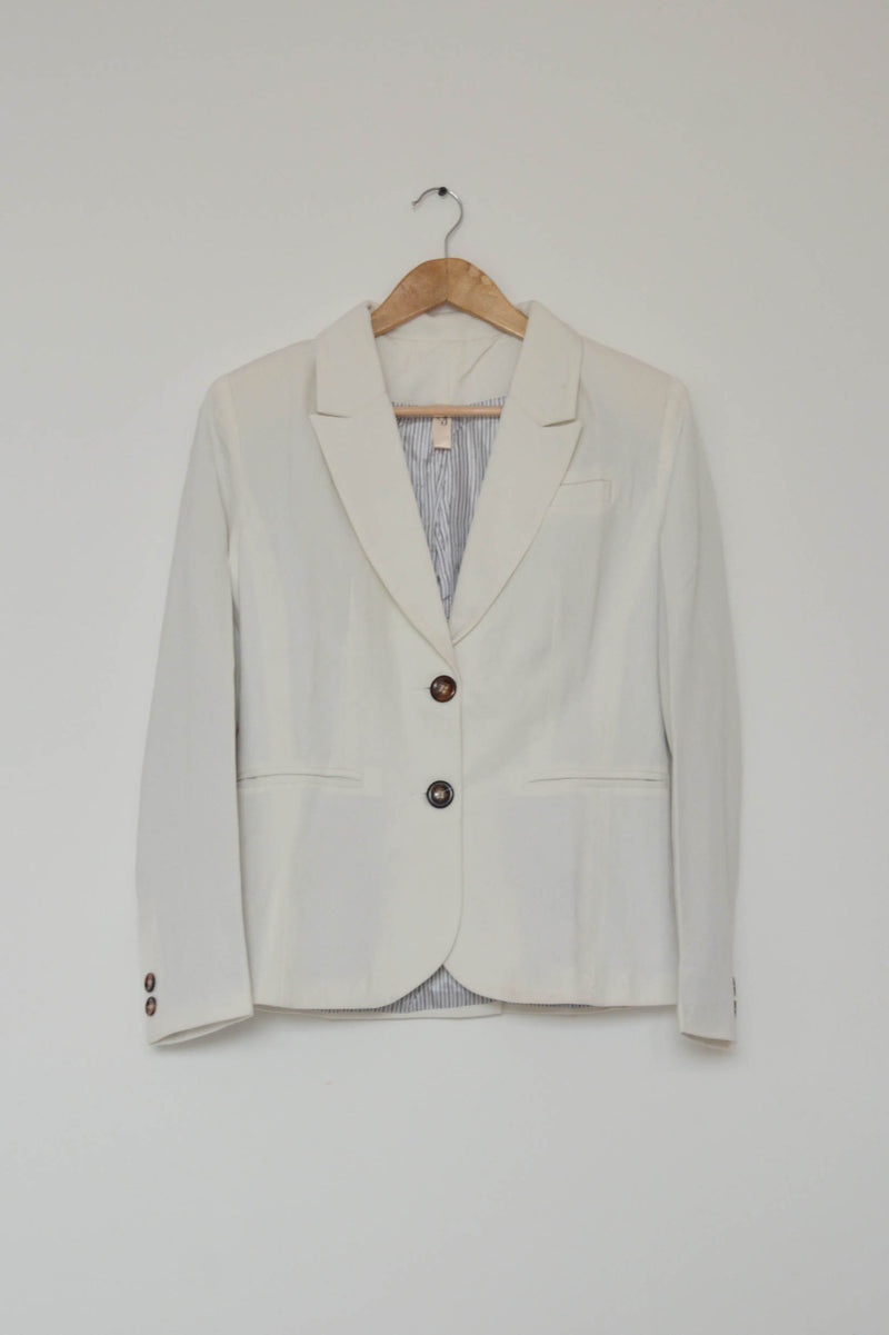 Preowned - White Blazer
