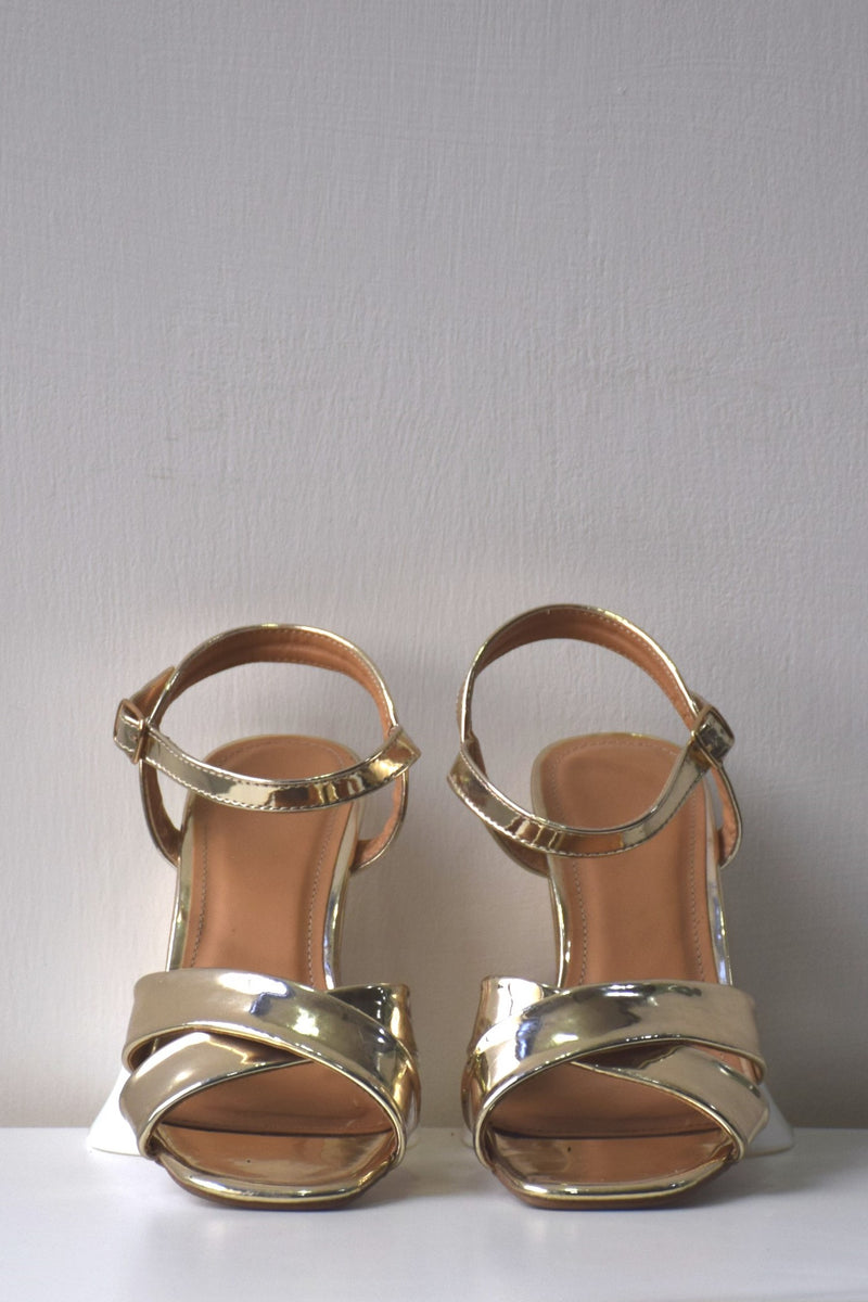 Preowned - Golden Strappy Sandal