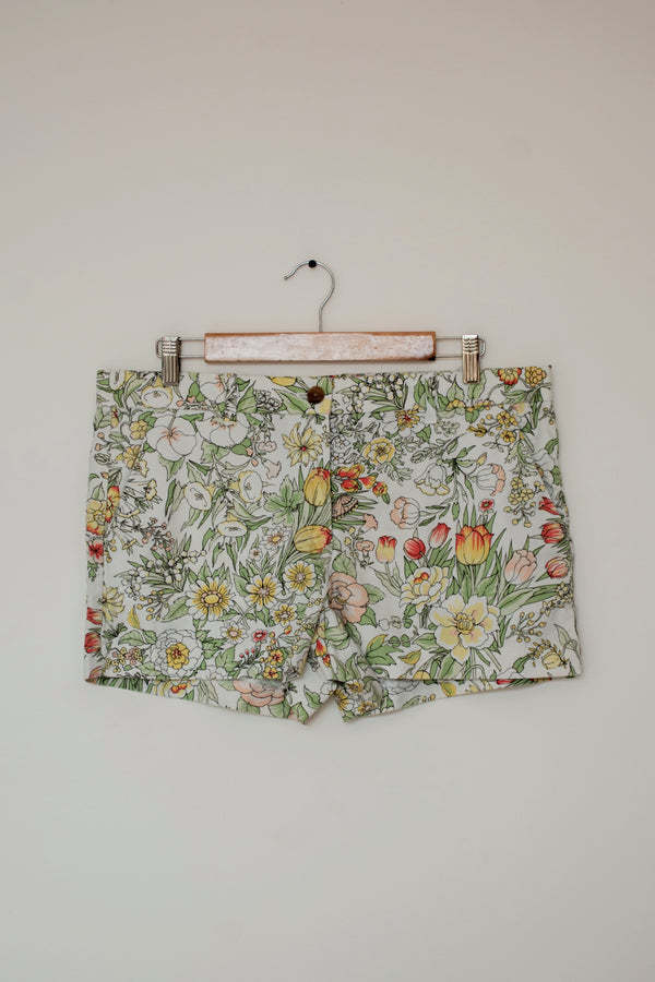 Preowned - Floral print Shorts