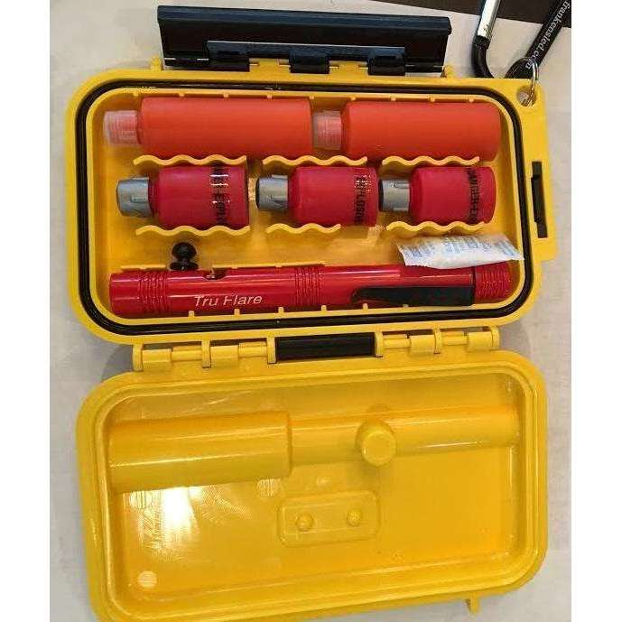 TruFlare Emergency Hard Case Signal Kit Combo - Centre Fire,EQUIPMENTPREVENTIONFLRE WHSTL,TRUFLARE,Gear Up For Outdoors,
