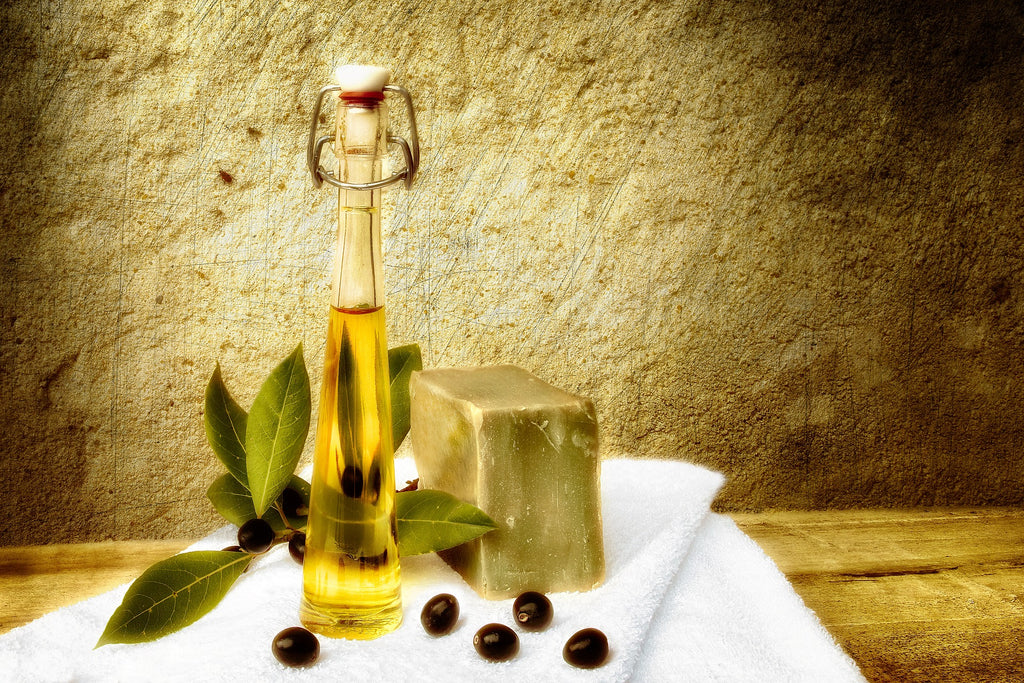 Why Organic Olive Oil Is Only Olive Oil You Should Be Buying